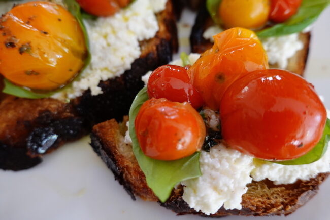 Roasted Tomato Bruschetta with Ricotta Creme